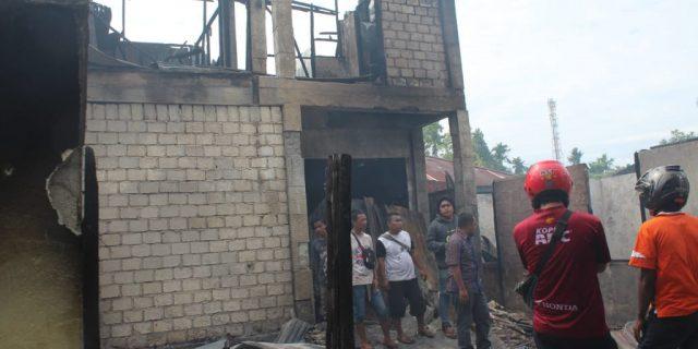 Naas, 1 Ruko dan 14 Barak Kos Milik Warga Kampung Harapan Serui, Hangus Terbakar