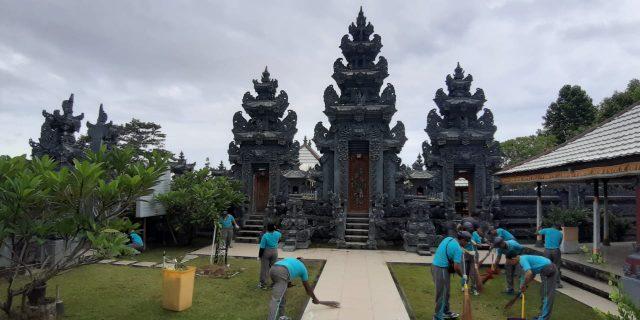 Bhakti Religi Personil Polda Papua di Sejumlah Rumah Ibadah