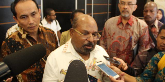 Gubernur Pertanyakan Minimnya OPD Lakukan Lelang