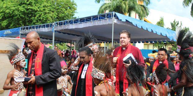 Pdt.Rainer Schuneman Sebut GKI di Tanah Papua Paling Unik di Dunia