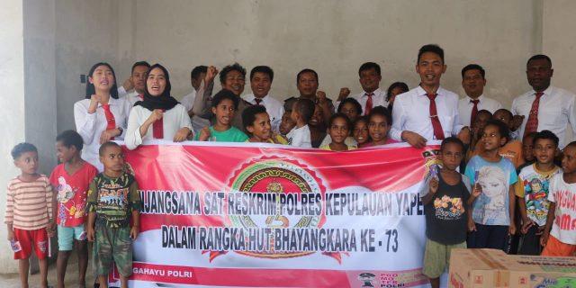 Dalam Rangka HUT Bhayangkara 73, Polres Kepulauan Yapen Sambangi Panti Asuhan Laharoi Serui